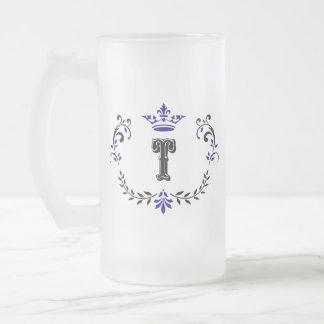 Monograma 'T da grinalda da coroa Caneca De Cerveja Vidro Jateado