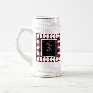 Monograma vermelho e preto do teste padrão do caneca de cerveja