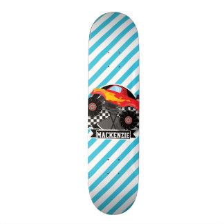 Monster truck vermelho; Bandeira Checkered; Skate