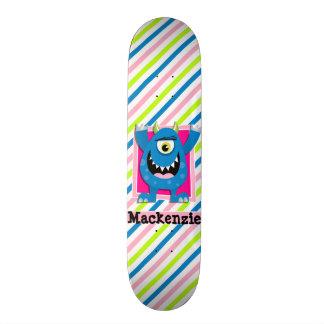 Monstro azul;  Listras verdes, cor-de-rosa, Shape De Skate 18,7cm
