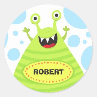 Monstro engraçado etiqueta de nome personalizada adesivo em formato redondo