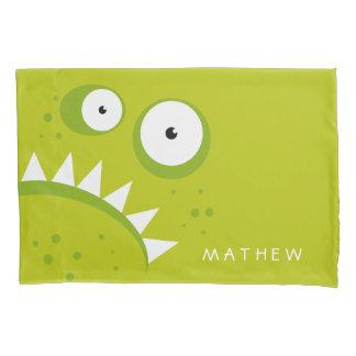 Monstro verde assustador engraçado irritado