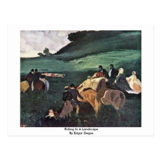 Montada em uma paisagem por Edgar Degas Cartão Postal