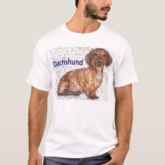 Montagem surpreendente do cão do Dachshund Camiseta