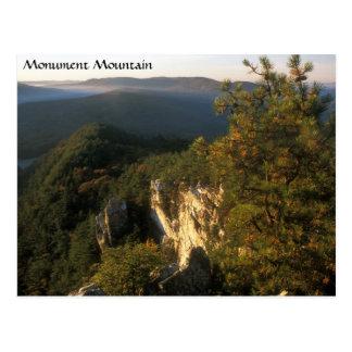 Montanha Berkshires Massachusetts do monumento Cartão Postal