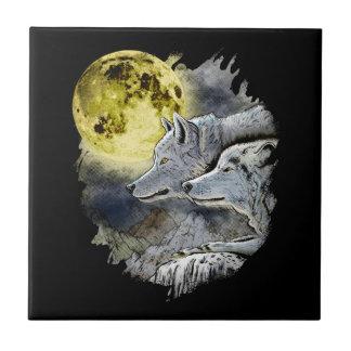Montanha da lua do lobo da fantasia