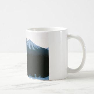 Montanha do templo caneca de café
