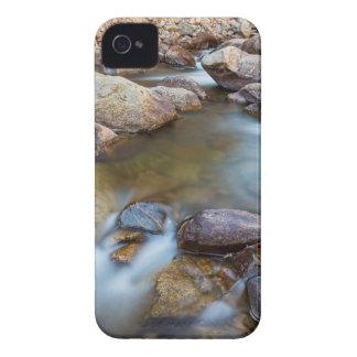 Montanha rochosa que flui o sonho capa para iPhone 4 Case-Mate