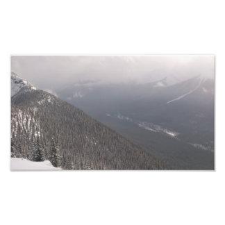 Montanhas do inverno impressão de foto