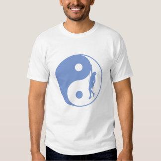 Montanhista de Yin & de Yang (azul) T-shirt