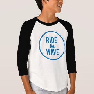 Monte o Raglan dos miúdos da onda Camisetas