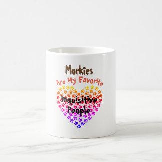 Morkies é minhas pessoas inquisidoras favoritas - caneca de café