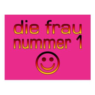 Morre a Senhora Nummer 1 - esposa do número 1 no Cartão Postal