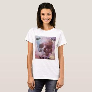 Morto Pastel do gótico dentro da camiseta das