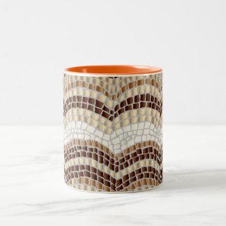 Mosaico bege caneca do Dois-Tom de 11 onças