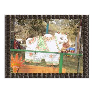 Mostra animal do festival da exposição da estátua cartão postal