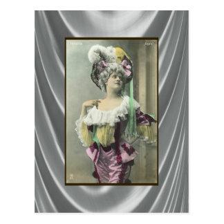 Mostre a menina o dançarino francês Risque Cartão Postal