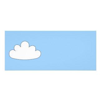 Motivo branco da nuvem. No azul Convites Personalizado