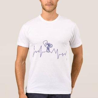 Motociclista da pulsação do coração BMX Camiseta