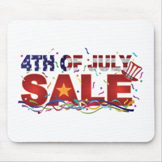 Mousepad 4o do texto da venda de julho com confetes da