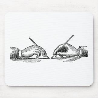 Mousepad A caneta é mais poderosa do que as mãos do