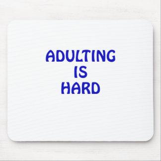 Mousepad Adulting é duro