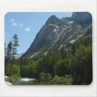 Mousepad Angra de Tenaya no parque nacional de Yosemite