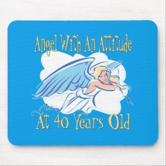 Mousepad Anjo do aniversário de 40 anos com uma atitude