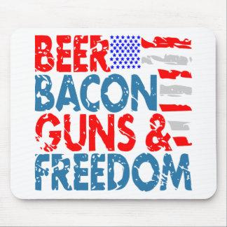 Mousepad Armas & liberdade do bacon da cerveja