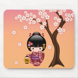 Mousepad Boneca de Sakura Kokeshi - menina de gueixa no