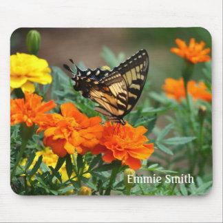 Mousepad Borboleta personalizada de Swallowtail em flores
