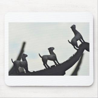 Mousepad Cães chineses do Terracotta mostrados em silhueta