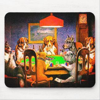 Mousepad Cães que jogam o póquer um amigo na necessidade