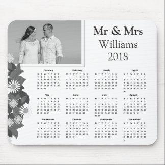 Mousepad Calendário 2018 preto e branco da foto | do casal