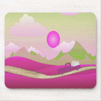 Mousepad Caminhão cor-de-rosa dos corações brancos que