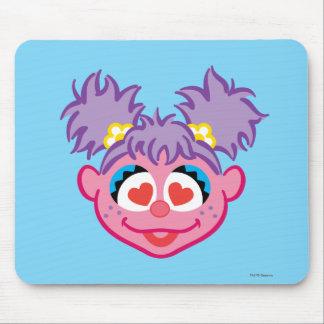 Mousepad Cara de sorriso de Abby com olhos Coração-Dados