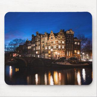 Mousepad Casas do canal de Amsterdão na noite