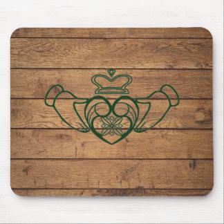 Mousepad Céltico rústico Claddagh