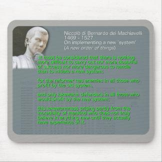 Mousepad Citações de Machiavelli em executar 'um system