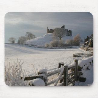 Mousepad com o castelo de Hume no inverno