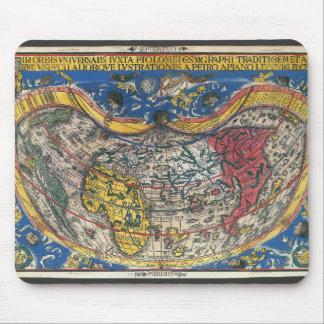 Mousepad Coração antigo mapa do mundo dado forma por Peter