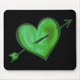 Mousepad Coração verde com seta