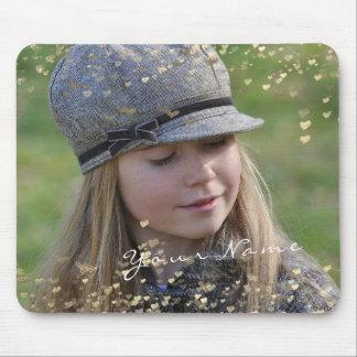 Mousepad Corações dourados dos confetes da foto feminino da