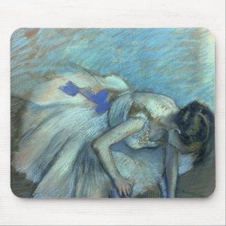 Mousepad Dançarino assentado | de Edgar Degas, c.1881-83