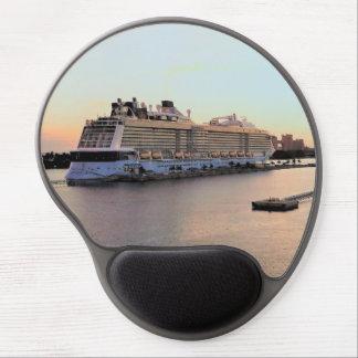 Mousepad De Gel Aurora do porto de Nassau com navio de cruzeiros