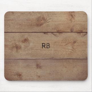 """Mousepad """"de madeira"""" com (ou sem) iniciais"""