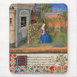 Mousepad Donzela medieval no jardim de rosas do pátio