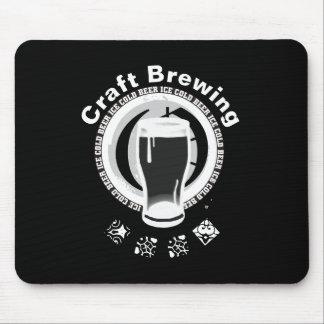 Mousepad Fabricação de cerveja do artesanato, preto & branc