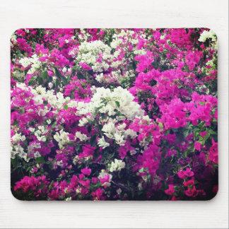 Mousepad Flores roxas e brancas