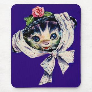 Mousepad gato adorável do gatinho em um chapéu do gato do